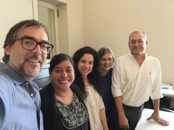 Amaury junto al staff del Museo Nacional de Arte Oriental. Foto propiedad de Amaury A. García Rodríguez