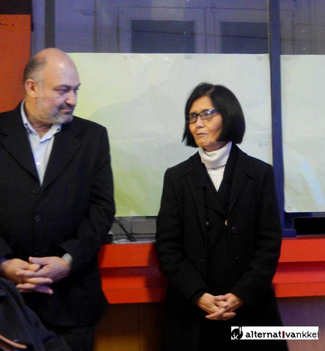 Izq. a Der. Rubén Ravera (Dir. del Museo Guillermo E. Hudson) y Ayako Kishimoto (Miembro del Consejo Administrativo de la Fundación Cultural Argentino Japonesa). Foto: Alternativa Nikkei.