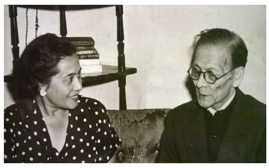 Créditos: Archivo Histórico de AJA. Violeta Shinya junto a su padre, Yoshio Shinya.