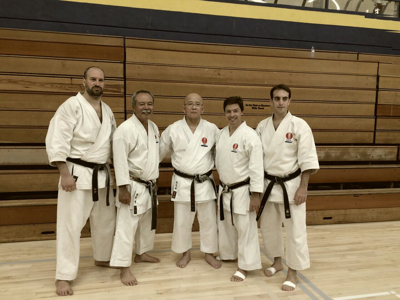 Delegación Ryuei-Ryu Argentina (D. Guida, H. Gonzalez, Saporiti Sensei) junto a Tsuguo Sakumoto y Tomohiro Arashiro, líderes del estilo.